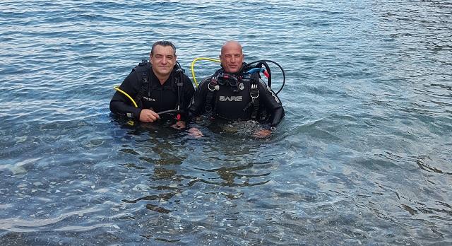 Υποβρύχιους-γάμους-Δήμαρχος-Αλοννήσου